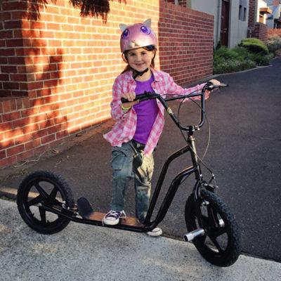 SarahCavalier_scooter